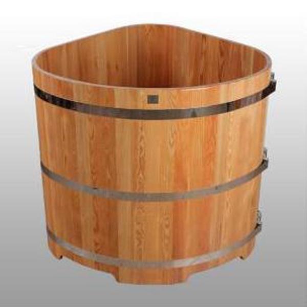Купель из лиственницы угловая  1,1х1,1 h 1,0
