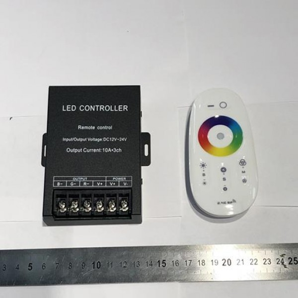 RGB Контроллер с радиопультом QC19 12-24V 360-720W 3*10A